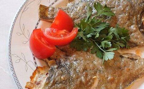 Простые рецепты с фото аппетитной камбалы, запеченной в духовке