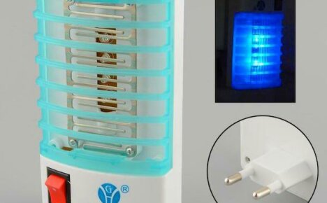 Электрическая ловушка для комаров, сделанная в Китае