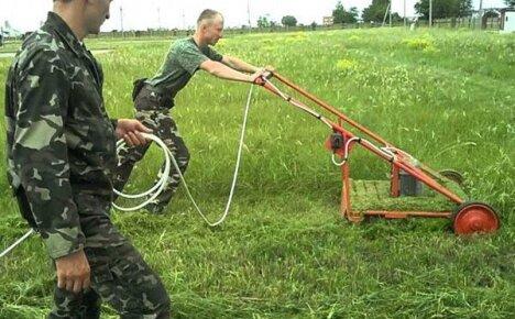 Давайте сделаем надежную газонокосилку своими руками