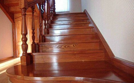 Какие виды деревянных лестниц можно сделать своими руками