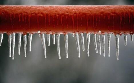 Замерзшие трубы: как разморозить и предохранить коммуникации от обледенения