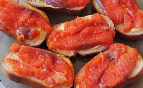 А вы знаете как вкусно засолить красную рыбу дома?