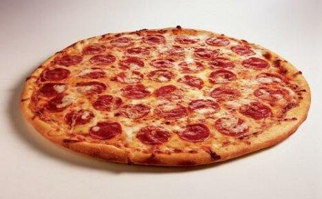 Как приготовить в домашних условиях классическую пиццу