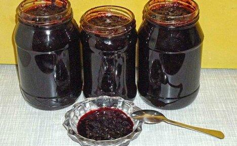 Рецепты консервирования на зиму черники в собственном соку