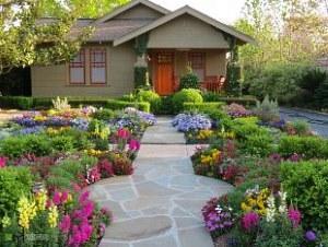 Дизайны цветников на даче