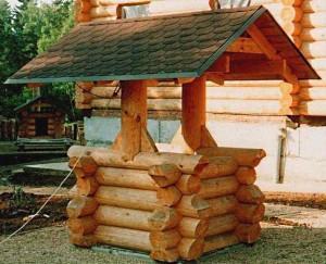 дачный колодец из дерева