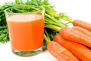 Питательный сок из моркови
