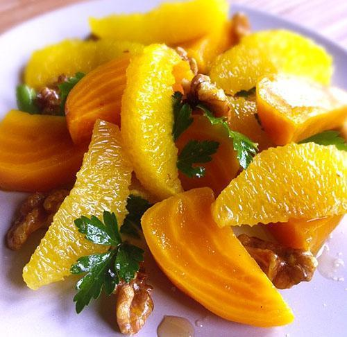 Апельсин богат аминокислотами