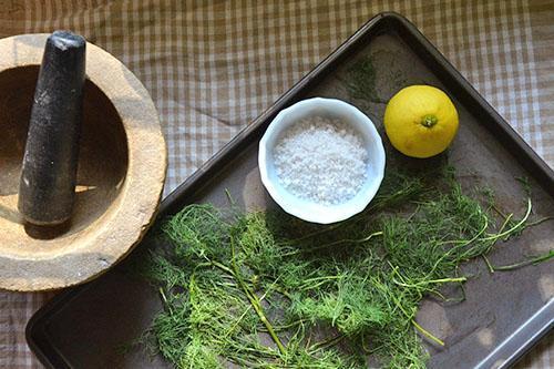 Приготовление укропа с солью