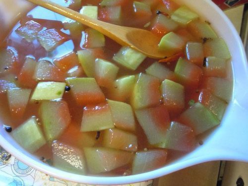 Лечебный отвар из корок арбуза