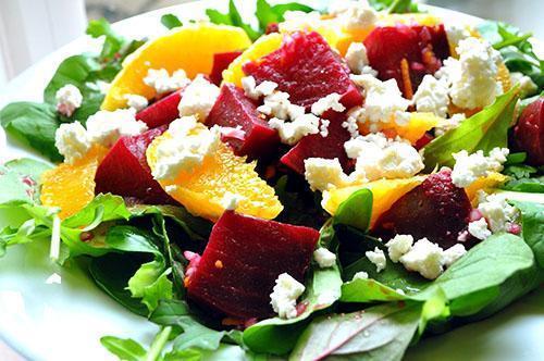 Салат с вареной красной свеклой