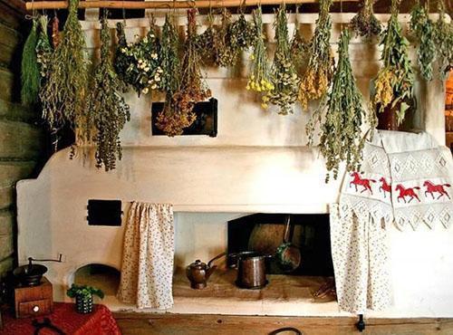 Так сушили мяту и другие травы в старину