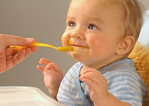 Малышам тоже дают тыквенное пюре