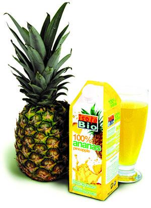 Для приготовления сока используют только спелые качественные ананасы