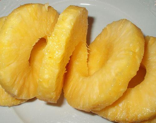 Консервированный ананас менее полезен чем свежий