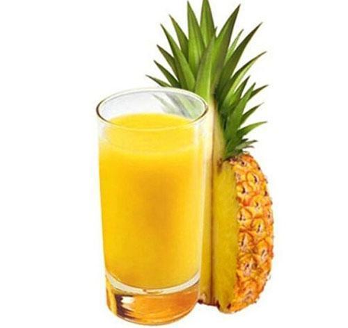 Сок из свежего ананаса дома