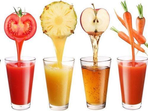 Соки фруктов и овощей приносят организму пользу