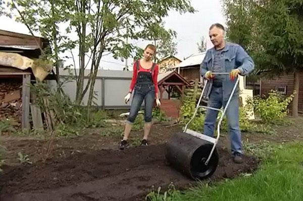 Каток садовый для укатки газона своими руками 65