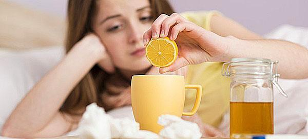 Чай с лимоном и медом ускорит выздоровление при простуде