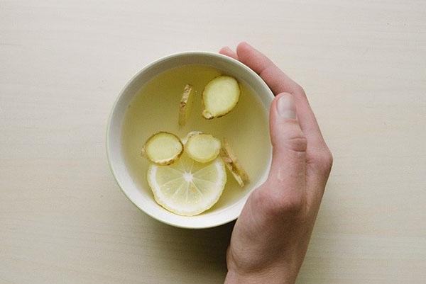 Горячий ароматный напиток из имбиря поможет сбросить лишние килограммы
