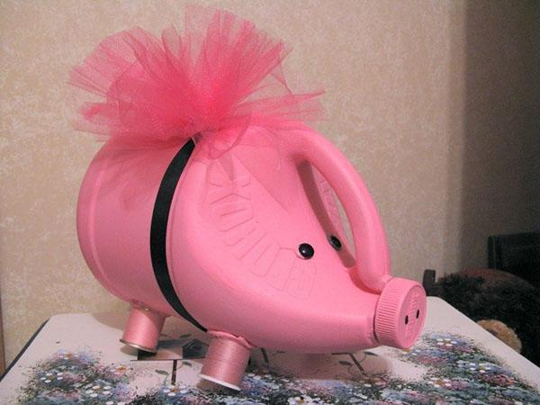 Лейка свинка