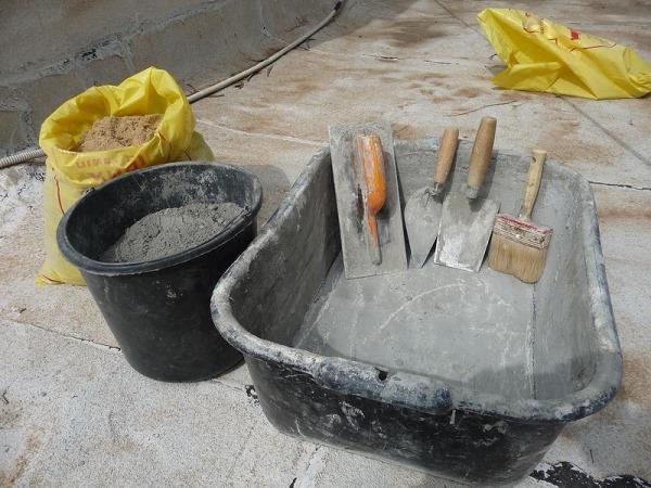 Приготовление раствора цемента