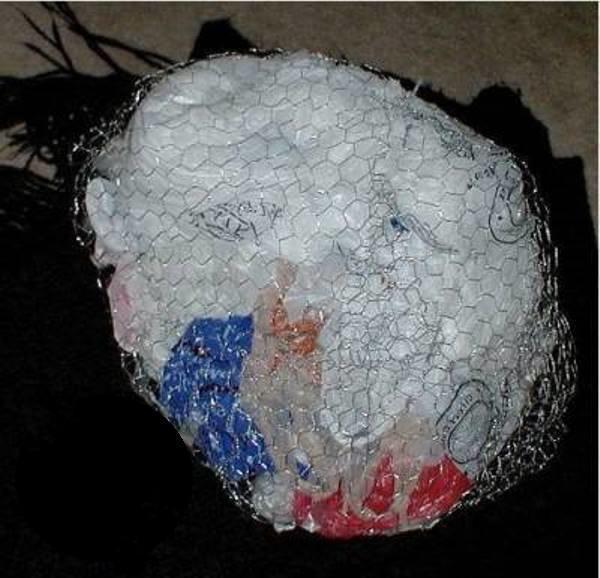Заполнение каркаса мусором