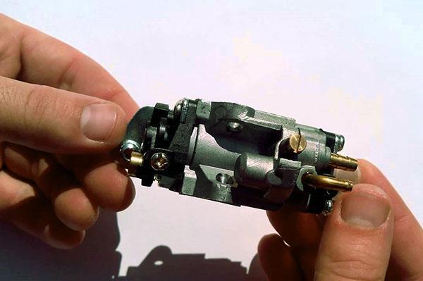ремонт бензотриммера карбюратор