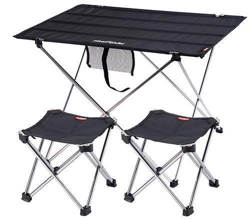 складной стол и стулья