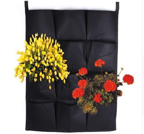цветы на вертикальной клумбе