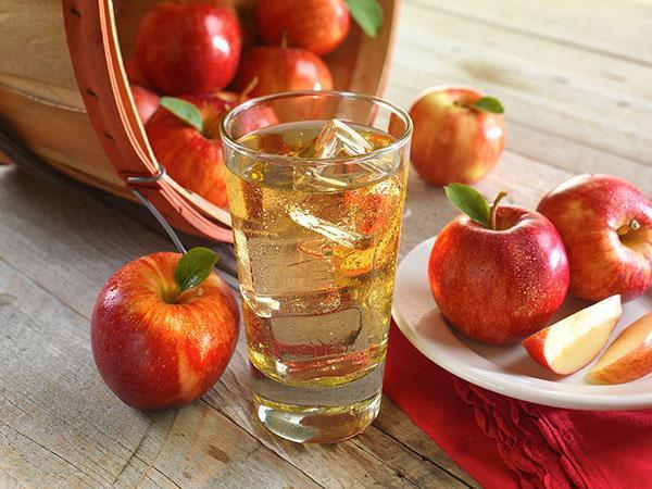 яблочный напиток
