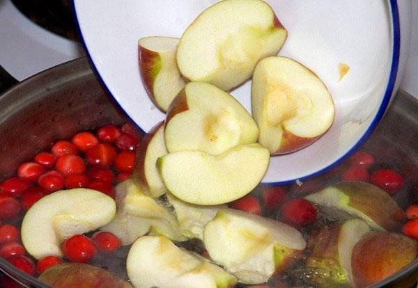 загружаем яблоки