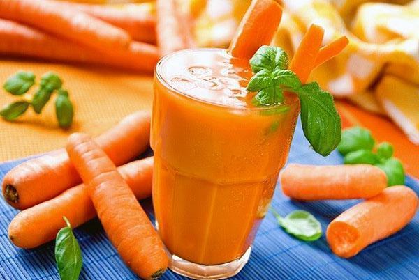 полезный морковный сок