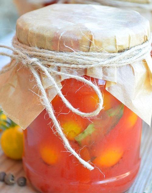 желтые черри в соке из помидор