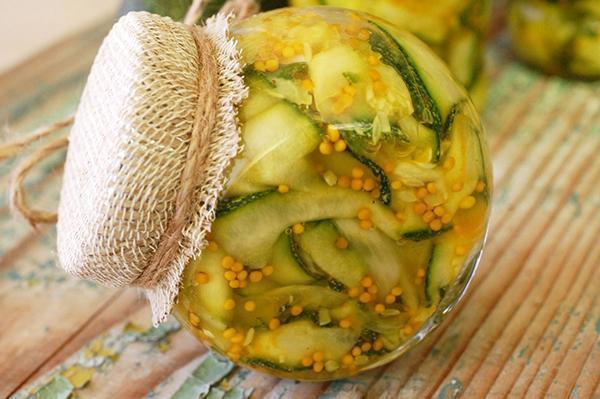 салат из патиссонов и огурцов