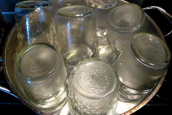 стерилизовать посуду