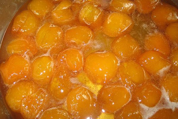 варить абрикосовое варенье