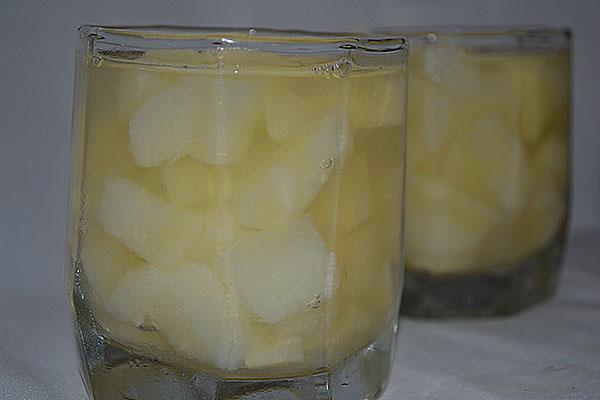 вымочить корки в соленой воде