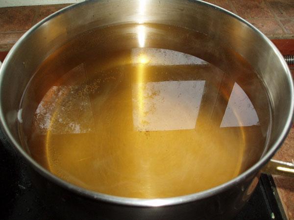 сварить маринад и залить огурцы 3 раз