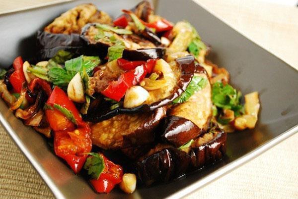 закатка салатов на зиму рецепты из баклажанов