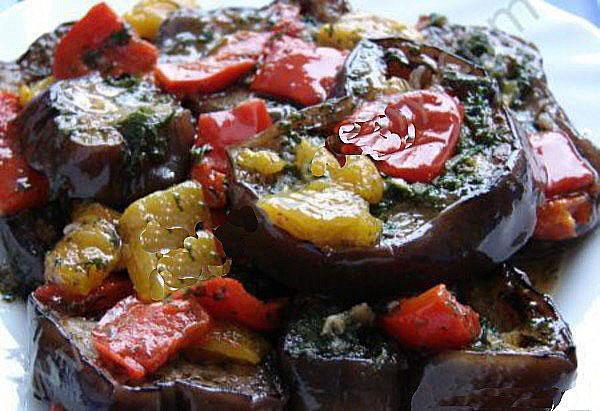 салат из баклажанов и сельдерея