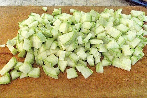 Салат с фасолью на зиму - вкусные рецепты приготовления греческого сала, фасоли со свеклой или кабачками, видео