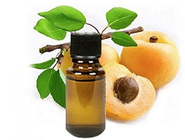 абрикосовое масло в уходе за кожей и волосами