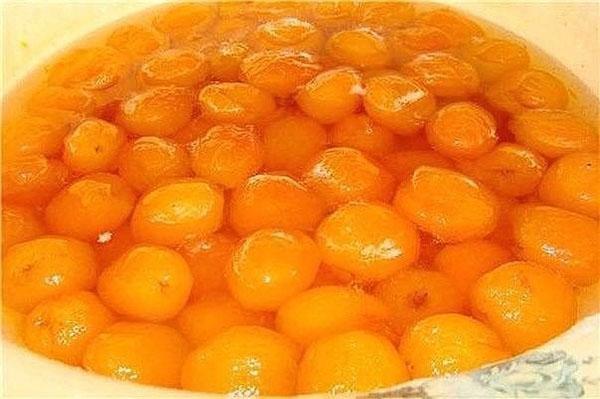 варить абрикосы в сиропе