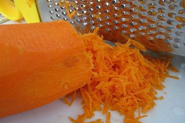 подготовить морковь для икры