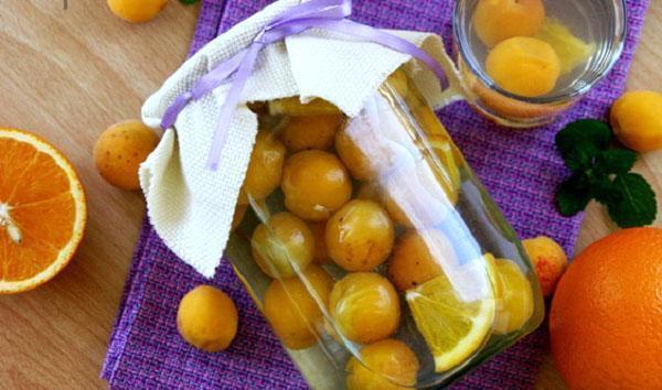 компот из абрикос и апельсинов