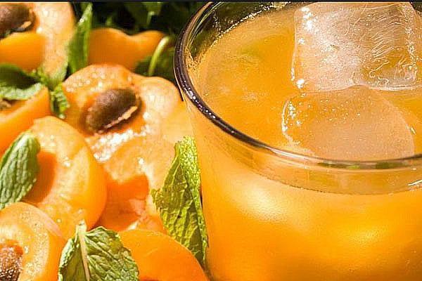 абрикосовый компот в апельсиново-мятном сиропе