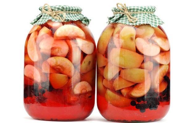 компот из черной смородины и яблок