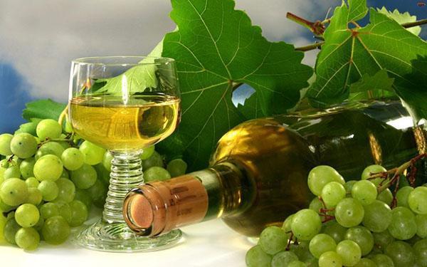 домашнее шампанское из виноградных листьев