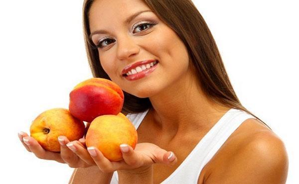 персик полезен для кожи